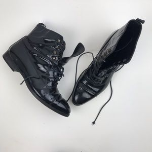 Vintage Robert Clergie lace up black patent boots